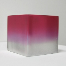 Reflection cube pink